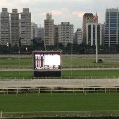 Foto tirada no(a) Jockey Club de São Paulo por Zulmira Nicolau P. em 2/16/2013