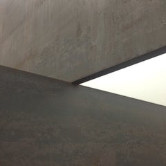 Photo taken at Gagosian Gallery by Oliver D. on 11/23/2014