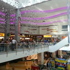 Photo taken at Los Molinos Centro Comercial by Pedro Pablo M. on 8/19/2013