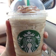 Photo taken at Starbucks by Baifern U. on 8/7/2013