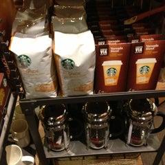 Photo taken at Starbucks by Myleen V. on 2/3/2013