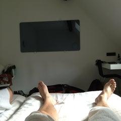 Photo taken at Hotel Zenden by Sam V. on 6/8/2013