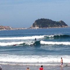 Photo taken at Playa de Zarautz by Omer E. on 10/19/2014