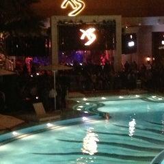 Photo taken at XS Nightclub by Laetiz on 3/31/2013