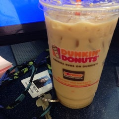 Photo taken at Dunkin Donuts by Yvonne R. on 10/6/2014