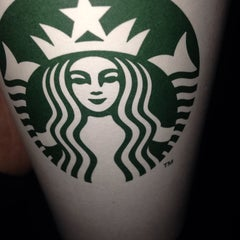 Photo taken at Starbucks by Aleksandar P. on 10/24/2015