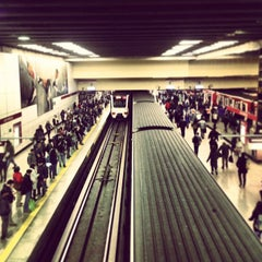 Photo taken at Metro Los Héroes by Jeronimo P. on 8/13/2013