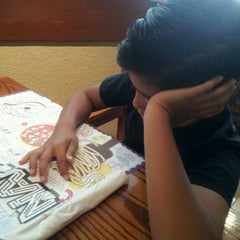 Photo taken at Olive Garden by Angel V. on 7/25/2013