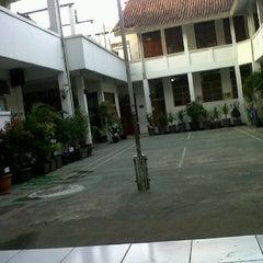 Photo taken at SMA Negeri 6 Bandung by Bayu andi p. on 7/24/2013