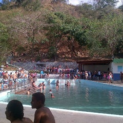 Photo taken at Balneario Las Trincheras - Aguas Termales by Angel de J B. on 2/11/2013