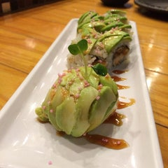Photo taken at Kaizen Fusion Roll & Sushi by Kerry D. on 11/12/2013