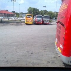 Photo taken at Medan Gopeng Bus Terminal by Akmal Hakim R. on 2/21/2013
