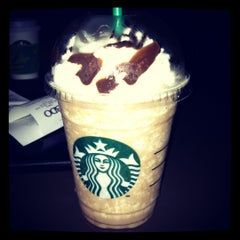 Photo taken at Starbucks Coffee by Tennyl Dehm C. on 10/22/2012
