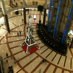 Photo taken at The Ritz-Carlton Jakarta, Pacific Place by ΞS on 4/25/2013
