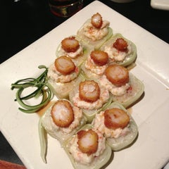 Photo taken at Sushi Roll by Oliver D. on 2/13/2013