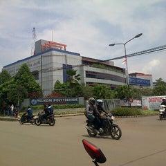 Photo taken at Telkom Engineering School (TES) by Hani Y. on 4/3/2013