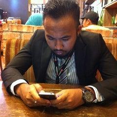 Photo taken at Nando's by Nurul Z. on 10/4/2015
