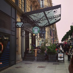 Photo taken at Starbucks by Katerina on 5/1/2013
