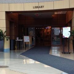 Photo taken at Southfield Public Library by Mariko B. on 4/9/2013