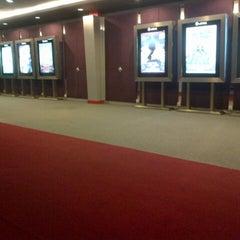 Photo taken at Platinum Cineplex by Firdaus Adrian S. on 3/14/2013