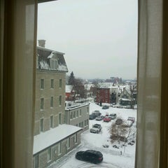 Photo taken at Four Points by Sheraton & Conference Centre Gatineau-Ottawa by Weslley d. on 12/19/2013