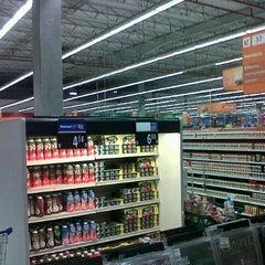 Photo taken at Walmart by Daniel Vinicius S. on 2/17/2013