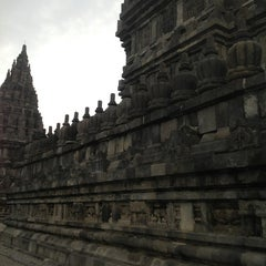 Photo taken at Candi Prambanan (Prambanan Temple) by Zulfarhan I. on 2/22/2013