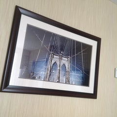 Photo taken at Sheraton Brooklyn New York Hotel by Oxana S. on 6/21/2013