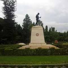 Photo taken at Mahatma Gandhi Circle (ಮಹಾತ್ಮಾ ಗಾಂಧಿ ವೃತ್) by Pramit K. on 7/5/2013