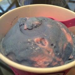 Photo taken at Baskin Robbins by christine l. on 7/25/2014