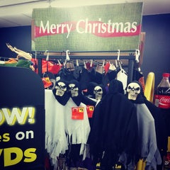 Photo taken at Dollar General by Mary D. on 10/27/2014
