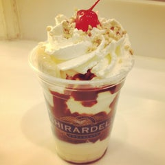 Photo taken at Ghirardelli Ice Cream & Chocolate Shop by tt t. on 3/25/2013
