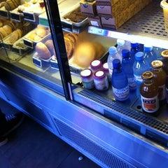 Photo taken at Starbucks by Flavia G. on 10/11/2012