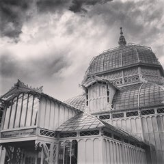 Photo taken at Conservatory of Flowers by Jared Z. on 3/31/2013