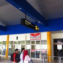 Photo taken at Bandara Sultan Babullah (TTE) by Alhamdulillah A. on 4/27/2014