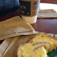 Photo taken at Starbucks by Sheila R. on 7/24/2013