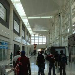 Photo taken at Aeroporto Internacional de Maputo by Luciano M. on 1/28/2013