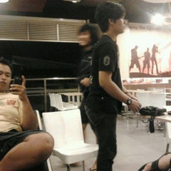 Photo taken at KFC / KFC Coffee by Dicko P. on 4/13/2012