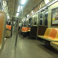 Photo taken at MTA Subway - A Train by Georg K. on 8/25/2015