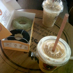 Photo taken at J.Co Donuts & Coffee by Winna A. on 8/30/2014