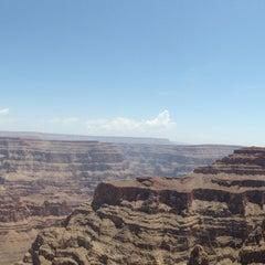 Foto tirada no(a) The Grand Canyon por Hui-jeong Y. em 7/3/2013