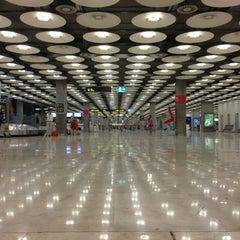 Photo taken at Aeropuerto Adolfo Suárez Madrid-Barajas (MAD) by Sergio S. on 7/16/2013