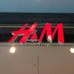 Photo taken at H&M by Hördur Christian S. on 4/5/2013
