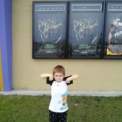 Photo taken at Carmike Cinema Patriot 12 by Denise Roche B. on 8/9/2014