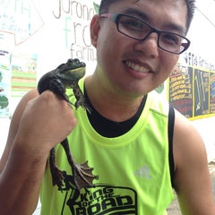 Photo taken at Jurong Frog Farm by Kelvin S. on 8/11/2013
