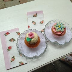 Photo taken at The Cupcakery by Gözde A. on 5/10/2013