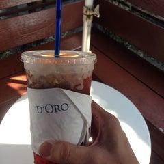 Photo taken at Caffè D´Oro (คาเฟ ดิโอโร่) by Piks 😑🔨😑🔨 \. on 11/8/2015