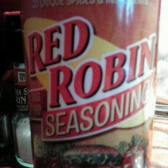 Photo taken at Red Robin Gourmet Burgers by Courtney G. on 3/17/2013