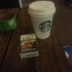 Photo taken at Starbucks by .OzAn. 《. on 7/27/2013