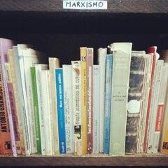 Photo taken at Librería El Ático by Chokë C. on 11/23/2013